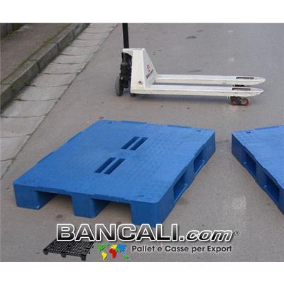 Bancale Rettangolare in Plastica 1000x1200 mm. Piano Chiuso con 4 Fessure al centro e 3 Slitte sotto; Peso  20 Kg. Colore Blue.