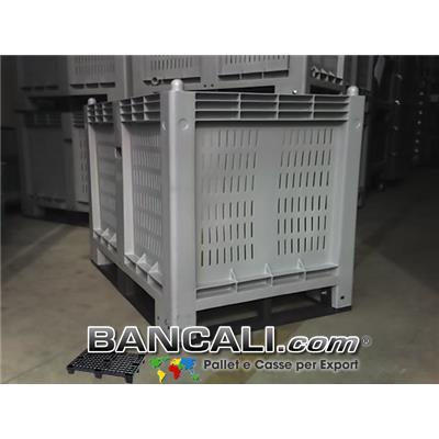 CargoPallet Box 600 Litri; Cassone in Plastica per Uso industriale, Pareti grigliate, Fondo Chiuso;  800x1200 h.850;   con 4 Slitte / Traverse sotto già montate.